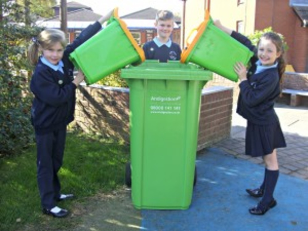 STOKE PRIOR FIRST SCHOOL'S ECO WARRIORS TACKLE FOOD WASTE!